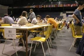 Šachový turnaj na deskách Icecovertan